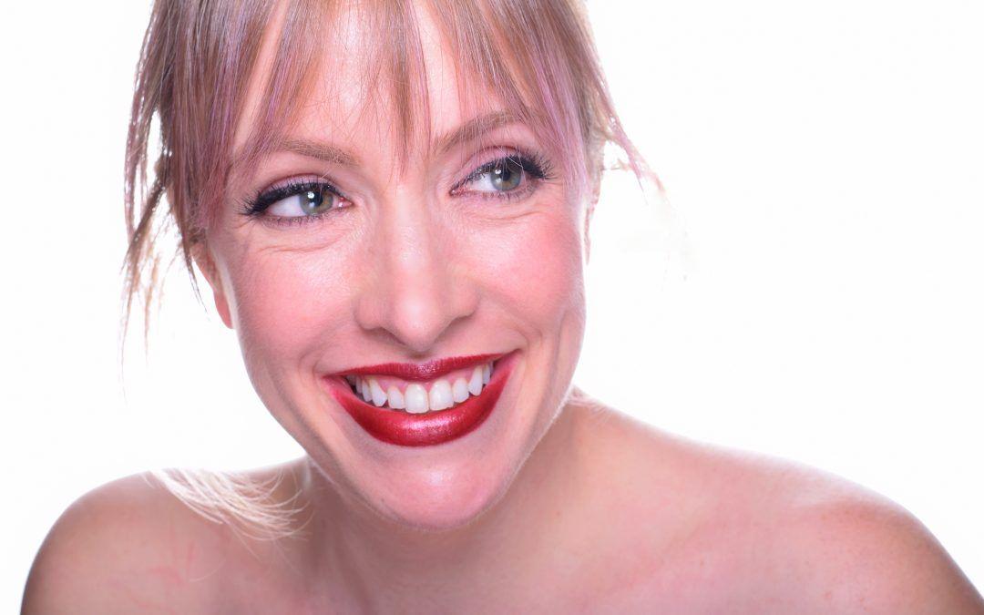"""PAZ GARCÍA: """"El maquillaje es arte, y un medio para experimentar sin miedo a ser juzgados""""."""