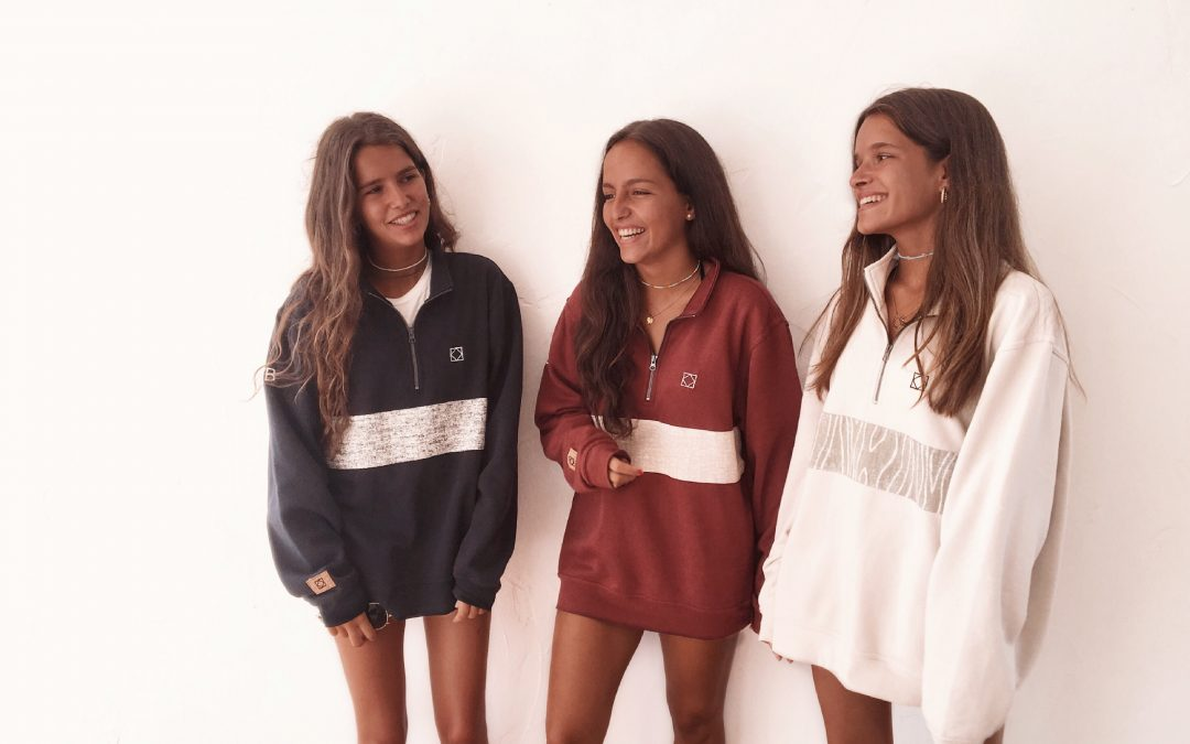 TRIPLE BRAND. Entrevistamos a las jóvenes diseñadoras de la firma.