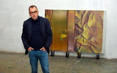 DANIEL VERBIS: Visitamos el estudio del artista contemporáneo.