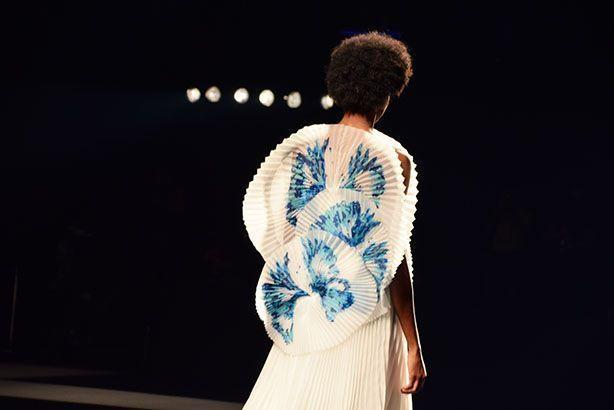 Isabel Sanchís PRIMAVERA-VERANO 2022 en la Madrid Fashion Week